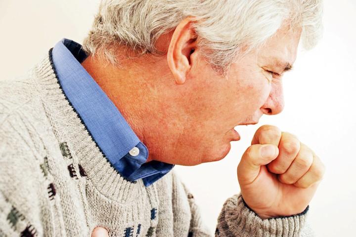 KOAH tedavi edilmediği  takdirde ilerleyici bir hastalıktır