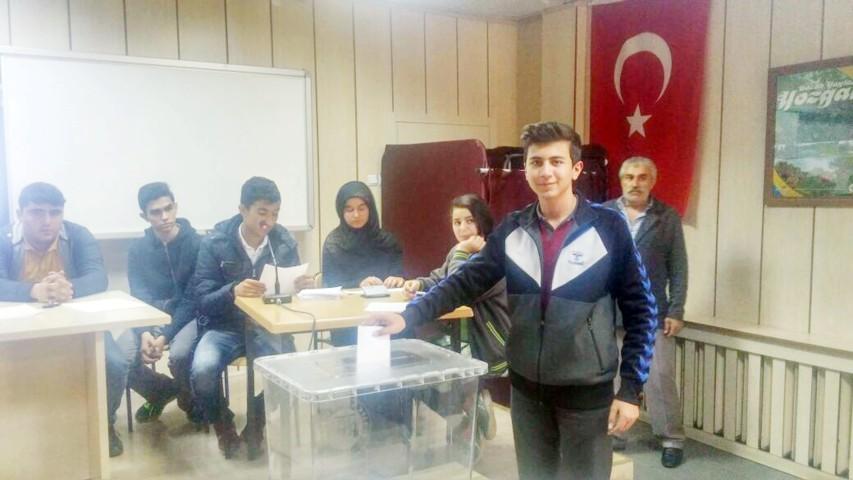 'İl Öğrenci Meclis Başkanlığı Seçimi' yapıldı
