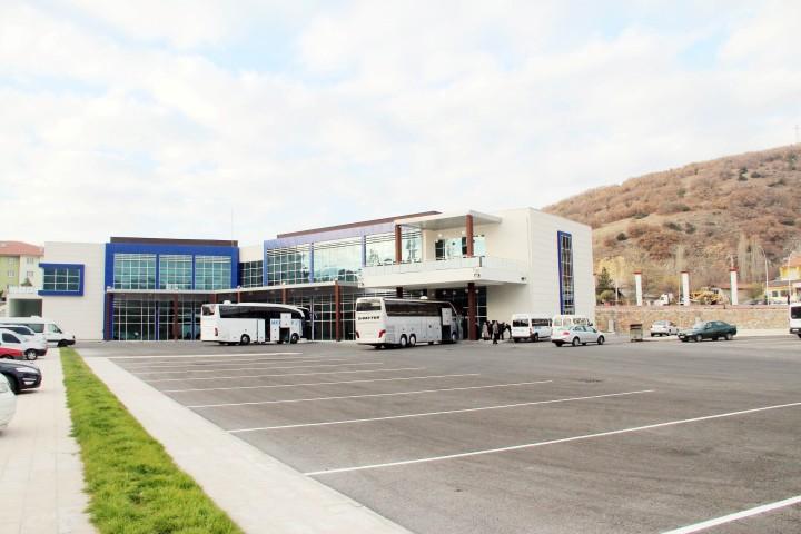Akdağmadeni Terminali  hizmet kalitesiyle göz dolduruyor