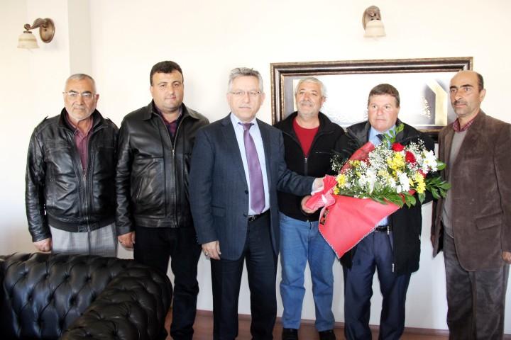 Sebzeciler ve Pazarcılar Derneğinden  Başkan Arslan'a teşekkür ziyareti