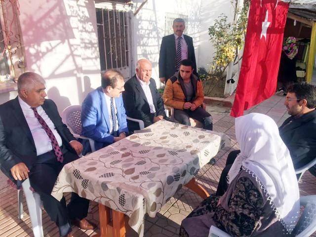 Akgül'den şehit ailesine taziye ziyareti