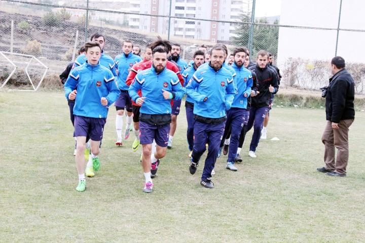 Yozgatspor Antalya  kampına katılacak