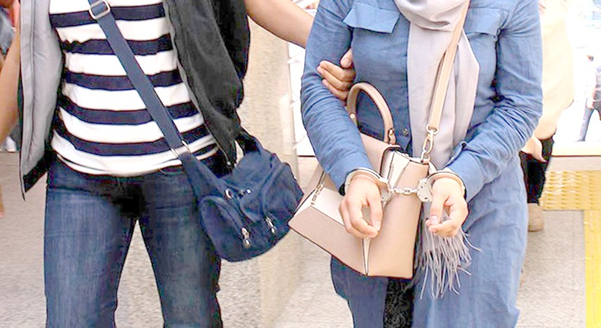 FETÖ'den 2'si bayan  3 kişi tutuklandı