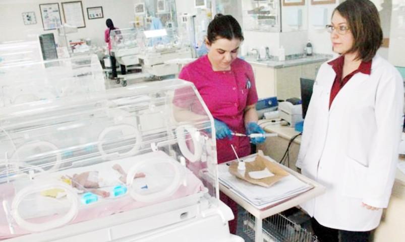 Yılın son bebeğine Ömer  Halis Demir'in ismi verildi