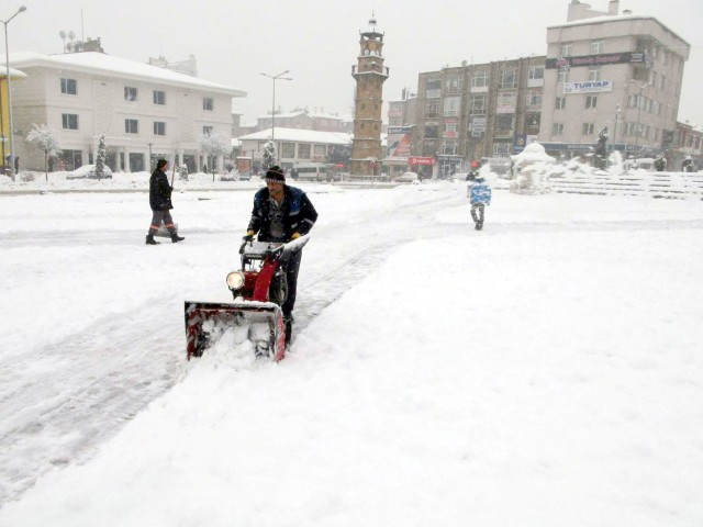 Meteoroloji'den kar yağışı ve soğuk hava uyarısı