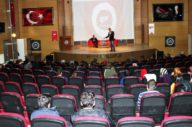 Kişisel gelişim ve girişimcilik  konferansı düzenlendi
