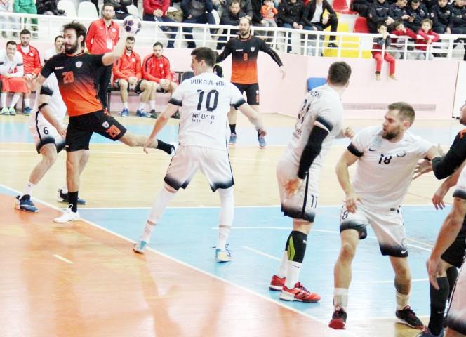 Bozokspor, Nilüfer'i ağırladı 20-18