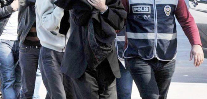 FETÖ'den 4 emniyet mensubu tutuklandı