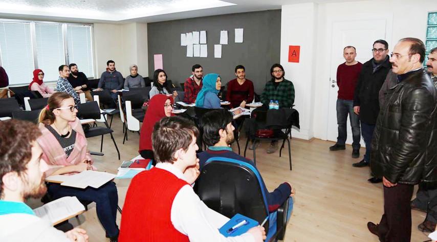 Üniversite öğrencilerine proje yazma eğitimi