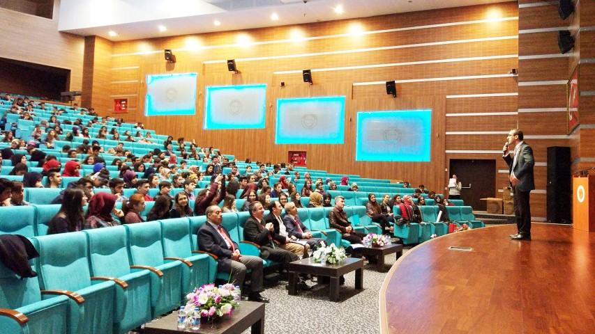 Lise öğrencilerine Kariyer  ve Eğitim Planlama semineri