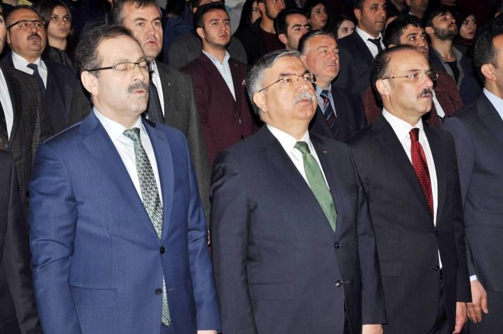 Yılmaz: Türkiye istikrarlı yönetime kavuşsun  diye cumhurbaşkanlığı sistemini getirdik