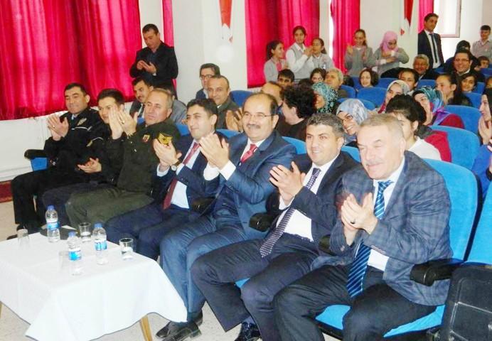 İstiklal Marşının kabulü ve Milli Şair  Mehmet Akif Ersoy için anma töreni