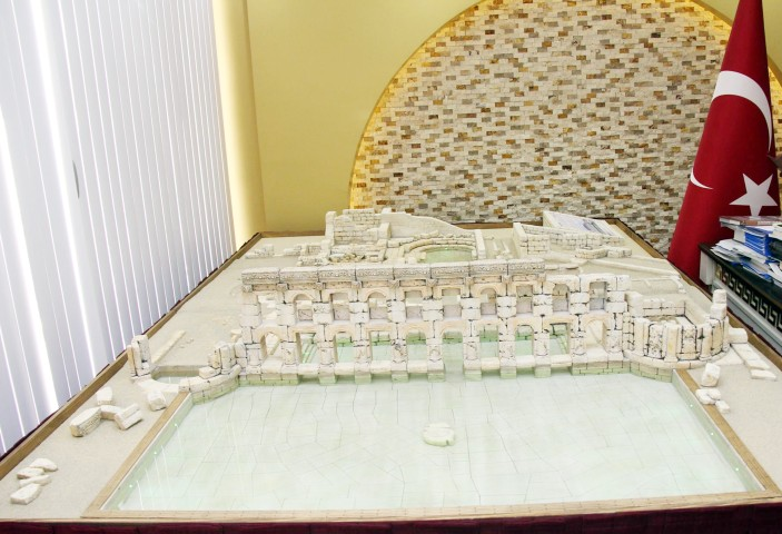 Sarıkaya Belediyesi Roma  Hamamının maketini yaptırdı