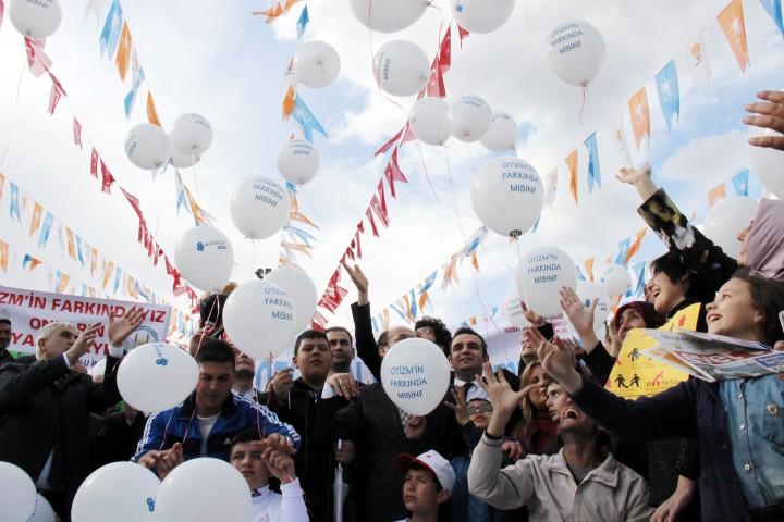 Yozgat bürokratı otizme dikkat çekti