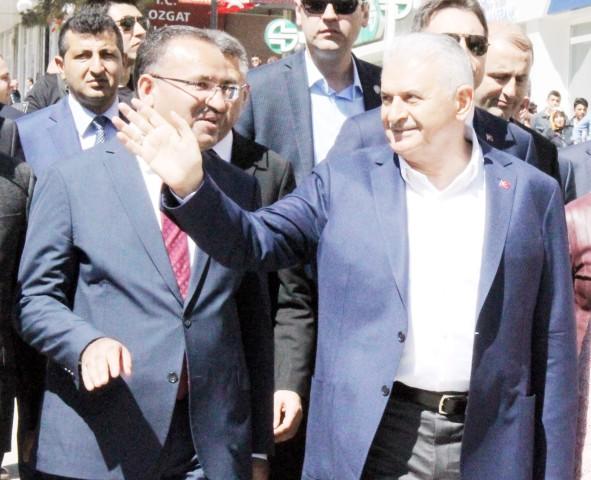 Bozdağ: Bunlar 17 Aralıktan  sonra FETÖ'nün avukatlığını yaptılar