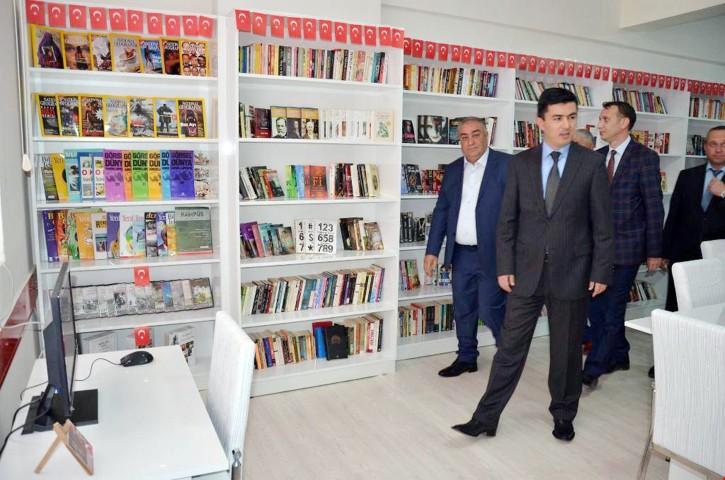 Şehit Devrilmez anısına Kütüphane