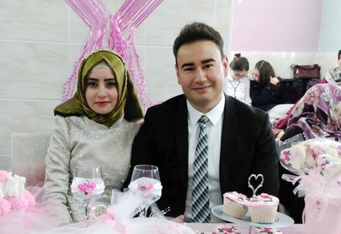 Mutluluklar Mehmet