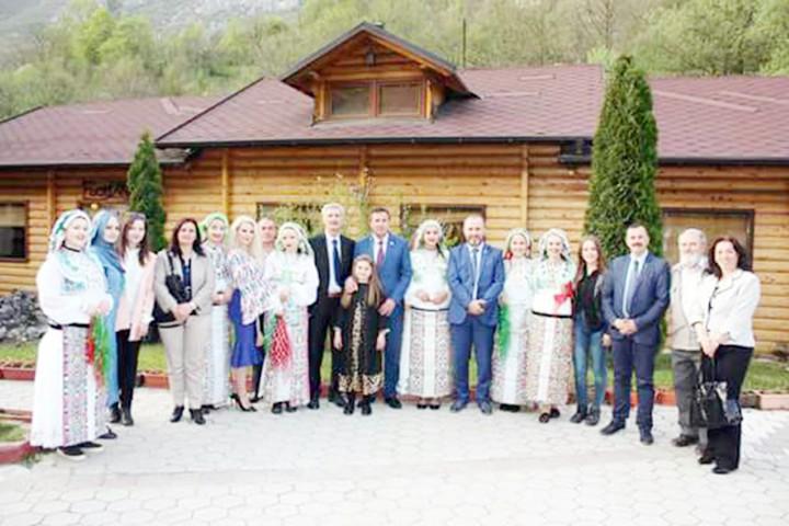 Çanakkale Şehitleri  Kosova'da anıldı