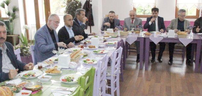 Belediye 21 bin kişiyi  iftar sofrasında buluşturacak