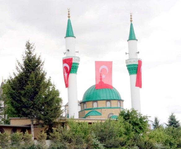 Seyyid Müderris Zeynel  Ağa Cami ibadete açıldı