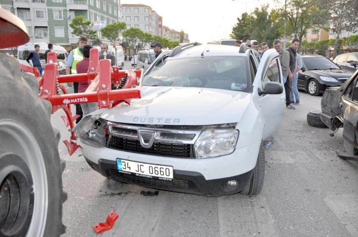 Trafik kazasında 8 kişi yaralandı