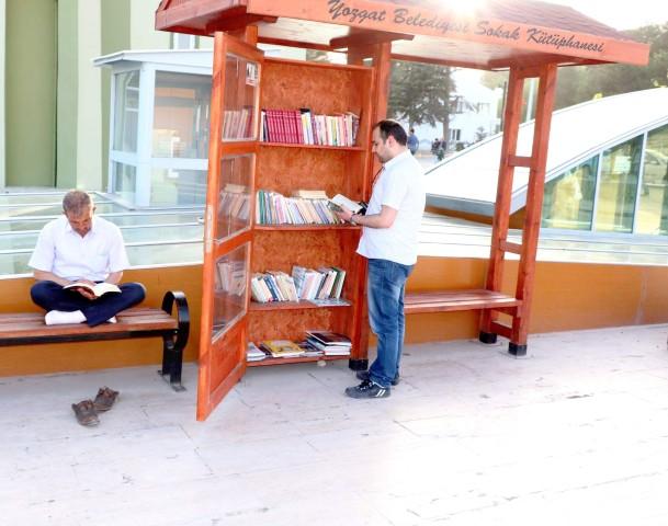Sokak Kütüphanesi yoğun ilgi görüyor