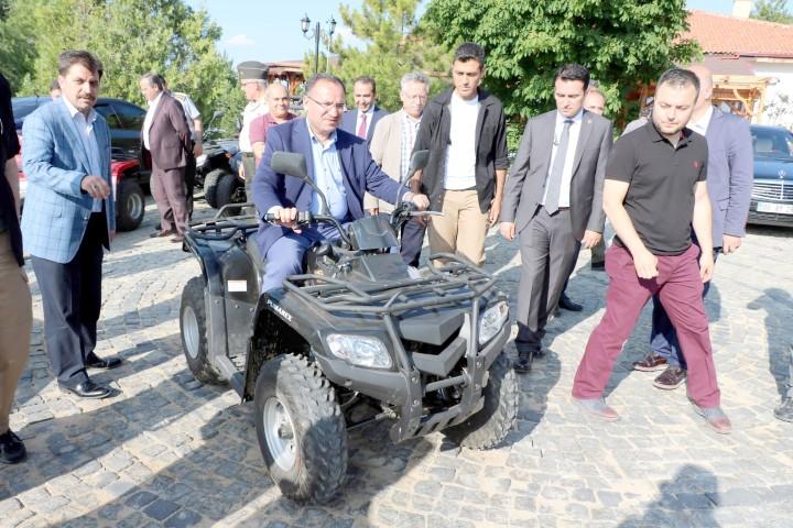 Bakan Bozdağ: Yozgat, yüksek  hızlı trenle daha hızlı gelişecek