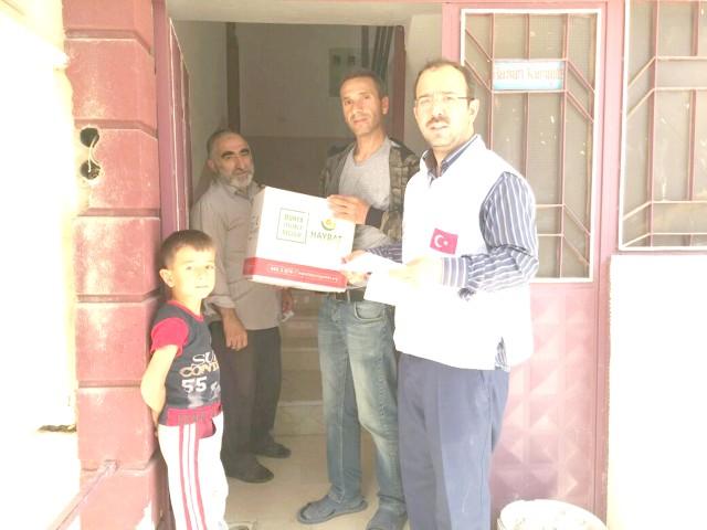 Yozgat Hayrat Vakfından  250 aileye gıda paketi