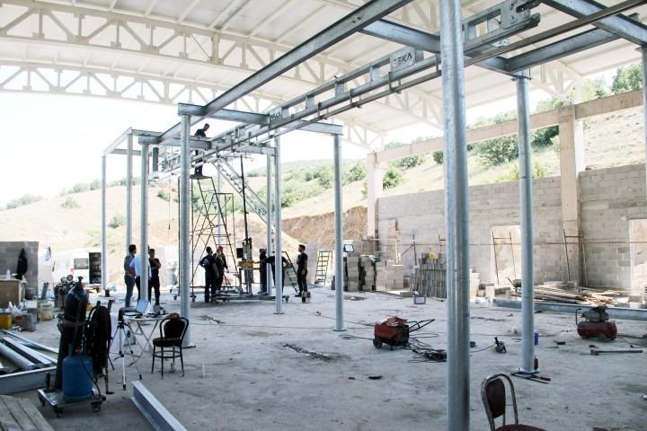 Mezhabane yapımı devam ediyor