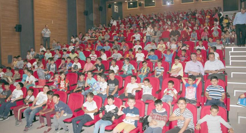Öğrenciler 15 Temmuz  konulu belgesel izledi