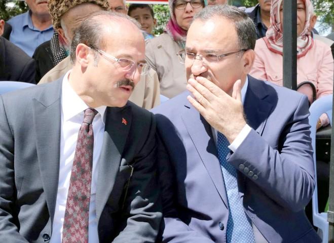 Bozdağ: Kılıçdaroğlu 2019  seçimine dönük yatırım yapıyor