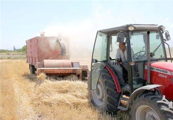 Doğu'da hasadı Yozgat yapıyor, Urfa  Adana ise Yozgat'ta saman yapıyor