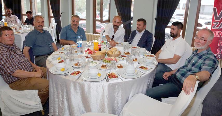 Yozgatspor yönetimi Vefa yemeği düzenledi