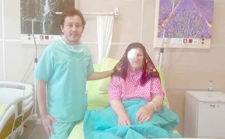 Katarakt ameliyatı yapıldı