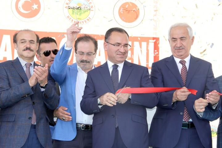 Bozdağ: Kılıçdaroğlu Cumhurbaşkanlığı  adaylığına oynuyor