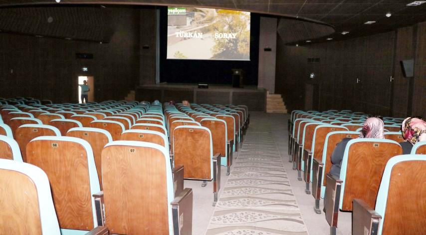 Selvi Boylum Al Yazmalım  filmini sadece 6 kişi izledi
