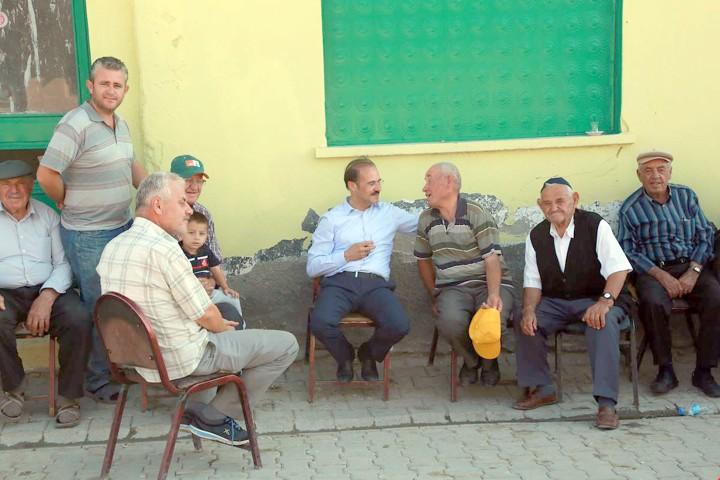 Vali Yurtnaç: Balkan göçmeni  vatandaşların misafiri oldu