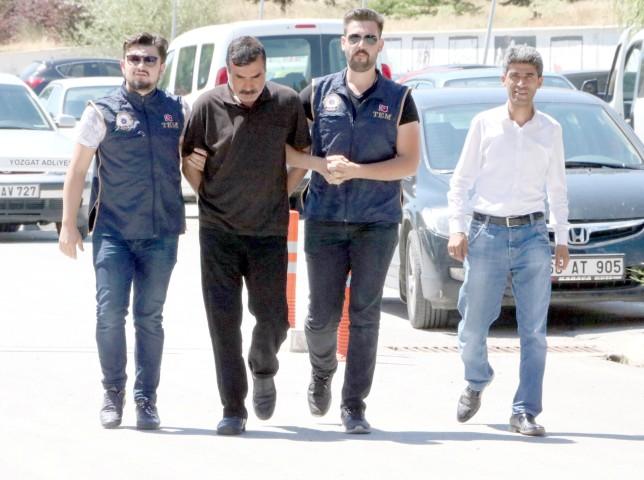 Irak uyruklu 2 DEAŞ'lı yakalandı