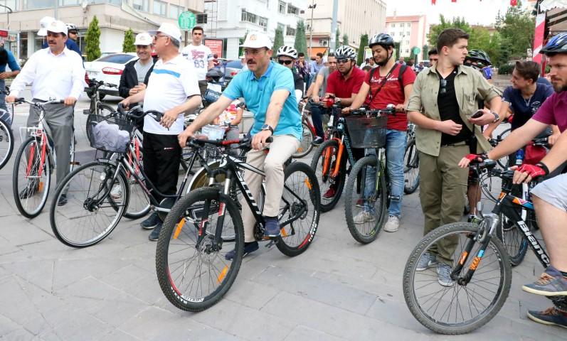 Sürmeli etkinliğinde  Yozgatlılar pedal çevirdi