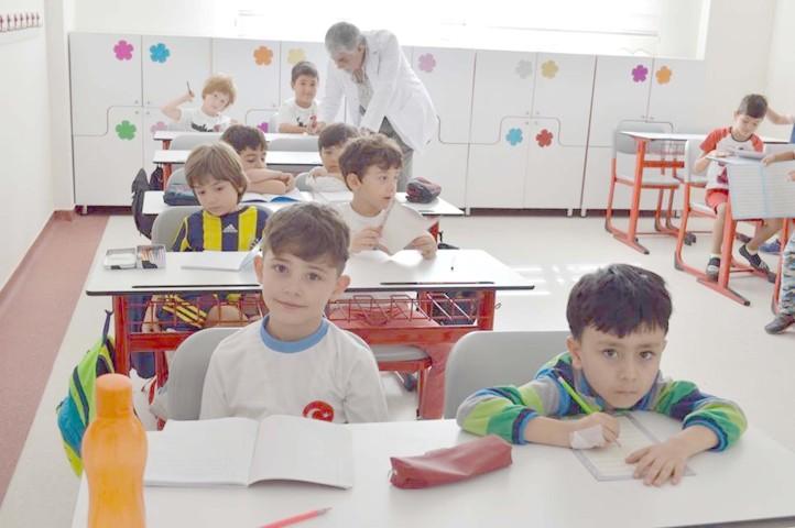 Öğrencilere 'Okula uyum eğitimi' verildi