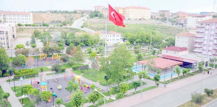 Yerköylüler zamanlarını Sadık Ahmet Parkında geçiriyor