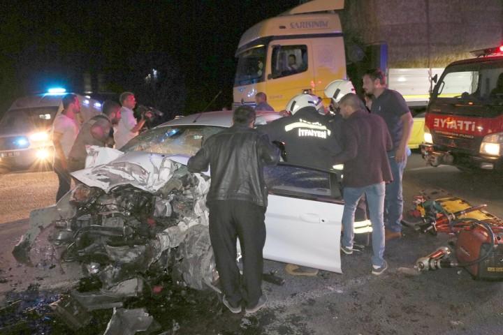 Trafik kazasında 2 kişi öldü