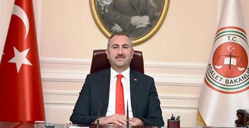 """Adalet Bakanı Gül: """"İadeyi engelleyecek  bir belge, bir eksiklik kalmamıştır"""