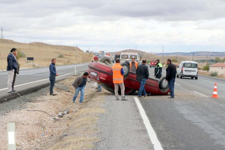 Otomobil takla attı 1 kişi yaralandı
