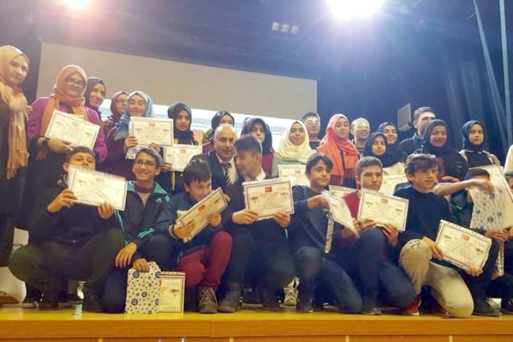 İLESAM Projesi kapsamında öğrencilere belgeleri dağıtıldı