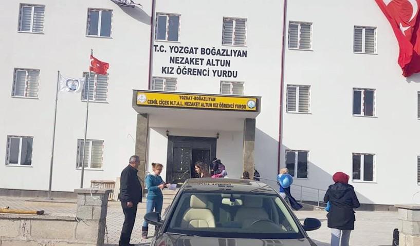 Boğazlıyan'da okuyan kız  öğrenciler yurtlarına kavuştular