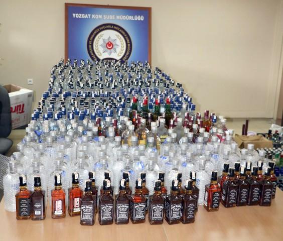782 şişe sahte  içki ele geçirildi
