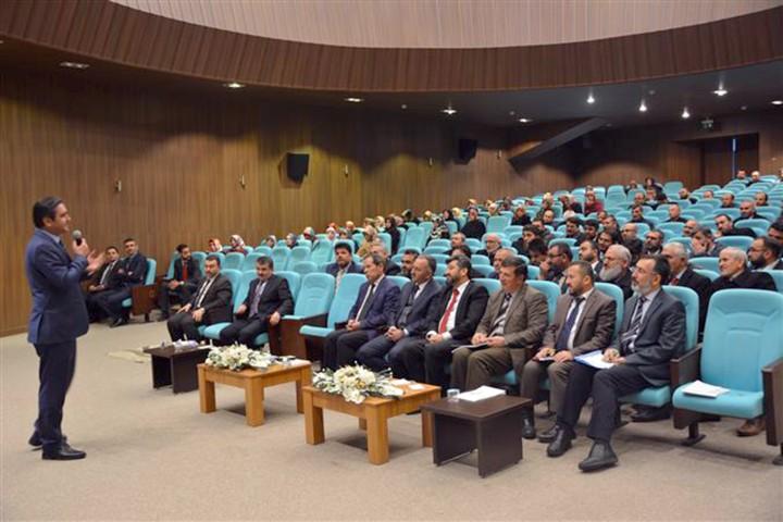 Müftülük  personeline konferans düzenledi