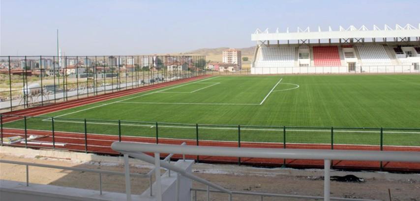 Sorgun Stadyumu  açılışa hazırlanıyor