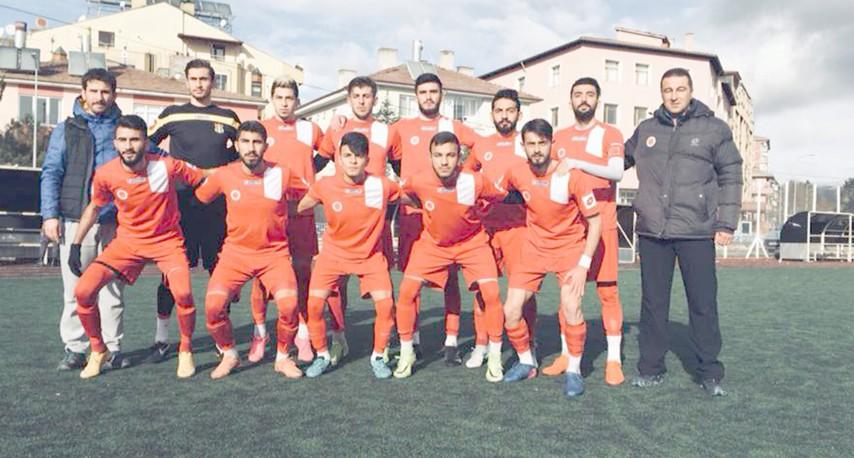 BÜ Futbol Takımı birinci lige yükseldi